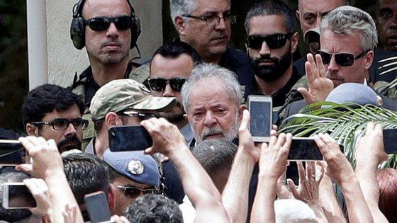 """O ex-presidente brasileiro Lula da Silva concorre ao prémio com a obra """"A verdade vencerá"""""""