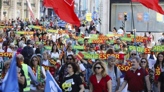 A manifestação dos professores realiza-se no dia de reflexão, pelo que não pode ser feito qualquer tipo de apelo ao voto partidário