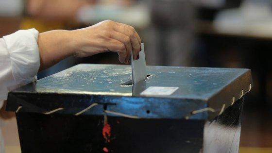 Há mais de 10,8 milhões de eleitores recenseados no território nacional e no estrangeiro