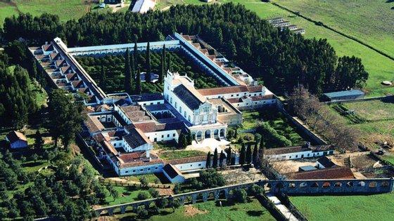 """O Convento da Cartuxa de Évora é dedicado à Virgem Maria, sob a denominação """"Scala Coeli"""", a Escada do Céu"""