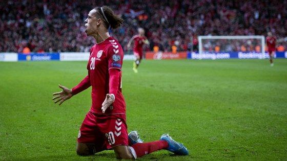 Yussuf Poulsen marcou o único golo do encontro