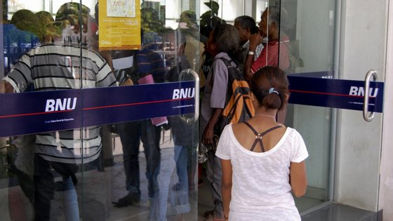 o BNU faz parte da Caixa Geral de Depósitos e está em primeiro em cinco dos países de expressão portuguesa