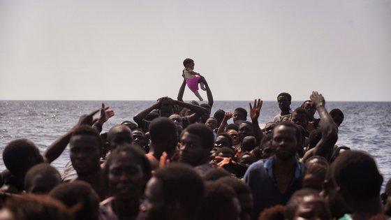 Desde o início do ano, os militares da GNR auxiliaramno âmbito da FRONTEX cerca de 2.560 migrantes