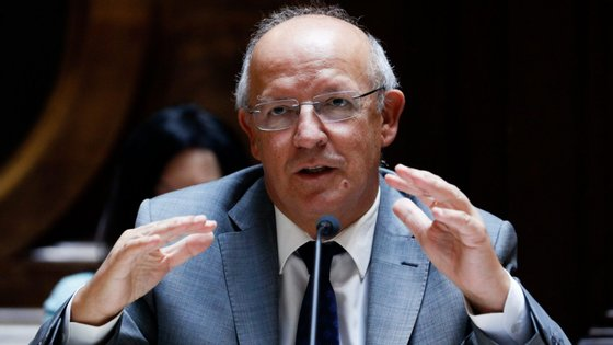 """Até agora já se candidataram 162.500 portugueses ao título de """"settled status"""", no Reino Unido"""