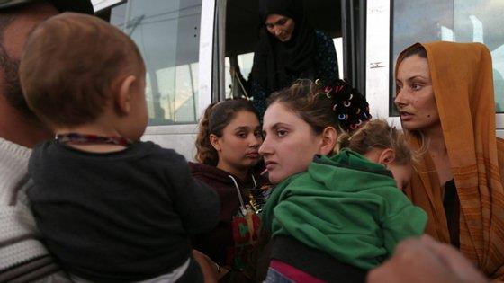 """""""Três em cada quatro são mulheres e crianças"""", disse o porta-voz do ACNUR, Andrej Mahecic"""