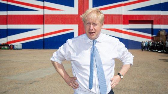Boris Johnson anunciou perante o Parlamento que suspende o processo de debate e aprovação da sua proposta para o Brexit