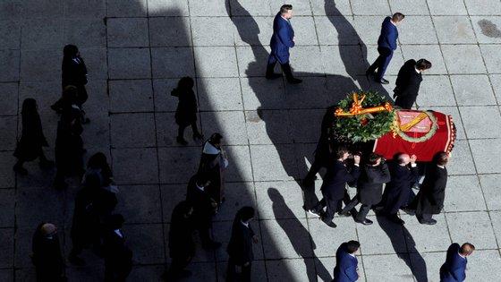 Franco foi enterrado no Vale dos Caídos a 23 de novembro de 1975, três dias depois da sua morte
