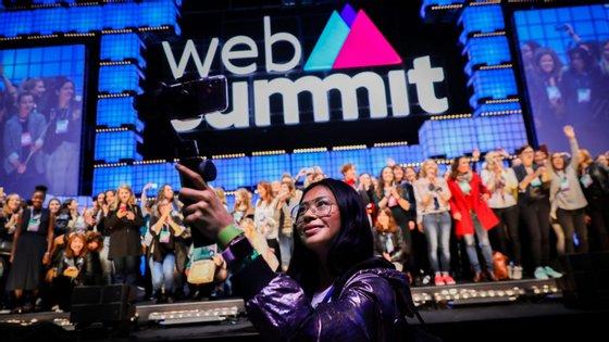 O Web Summit disponibiliza desde 2016 bilhetes a preço reduzido para estudantes que queiram assistir às conferências ao abrigo do programa Inspire