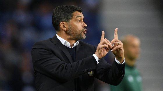 O treinador português garantiu que os dragões empataram por demérito próprio