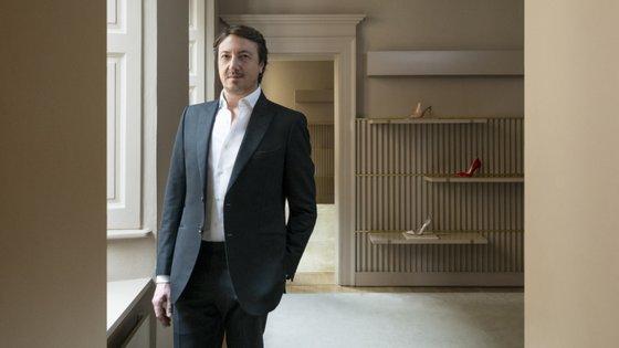Gianvito Rossi é o príncipe dos sapatos italianos. O Observador conversou com o designer durante a sua passagem por Lisboa