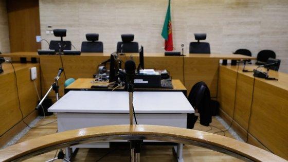 O advogado que defende Mustafá admitiu o envolvimento do seu cliente nos factos, negando, contudo, que os tenha arquitetado