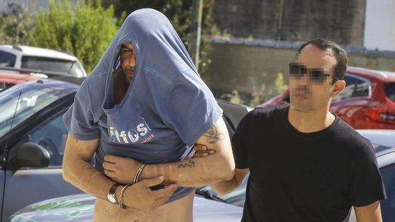 Alfredo Santos já tinha sido condenado por por crimes de violação, atentado ao pudor com violência, sequestro, rapto, ofensas corporais, entre outros