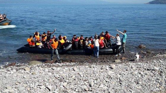 Do grupo que chegou no domingo à noite ao porto de Alicante, todos homens de origem argelina, 20 são menores de idade