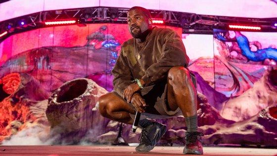 Kanye West quando atuou na edição deste ano do festival de Coachella