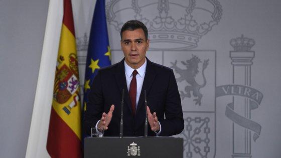 Pedro Sánchez deu uma entrevista que pode violar a Lei Eleitoral em vésperas de corrida às urnas, após a dissolução do governo