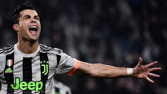 Ronaldo viu um golo anulado pelo VAR no primeiro minuto de descontos mas ganhou e converteu um penálti aos 90+5'
