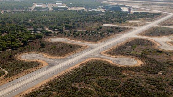 O Governo aceitou a proposta da Agência Portuguesa do Ambiente em relação ao aeroporto do Montijo