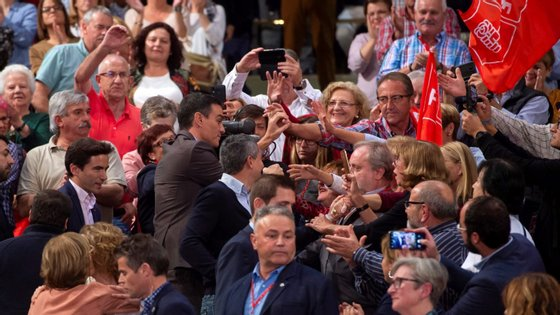 As sondagens apontam para um aumento da abstenção, com os eleitores cansados de idas sucessivas às urnas