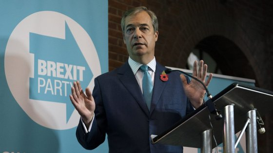 Se Boris Johnson não aceitar pacto, Nigel Farage diz que Partido do Brexit vai concorrer em todos os círculos