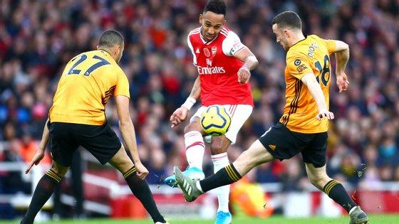 O avançado gabonês chegou aos 50 golos pelo Arsenal