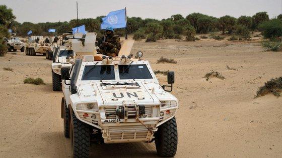 O grupo jihadista Estado Islâmico (EI) reivindicou o ataque de sexta-feira a uma base militar no norte do Mali