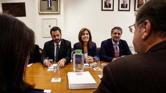 A ministra está esta terça-feira em reuniões com os parceiros sociais