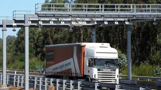 """O tráfego foi """"negativamente influenciado"""" por vários fatores, nomeadamente, efeito de calendário, greve dos motoristas de veículos pesados e interrupção de tráfego na A1 em setembro"""