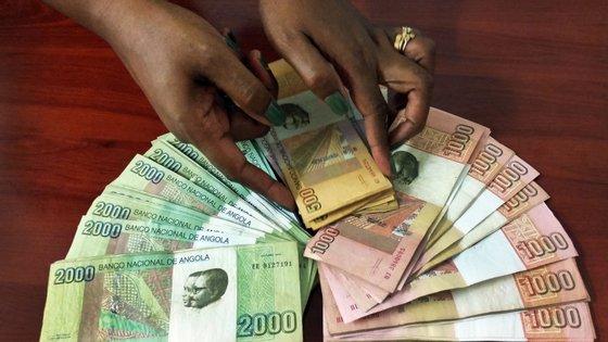 O BNA anunciou em meados de outubro uma série de medidas tomadas na reunião extraordinária do Comité de Política Monetária
