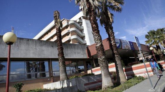 """O Hospital Garcia de Orta """"não pode estar dependente de serviços privados"""", disse o representante da comissão de utentes do Seixal"""