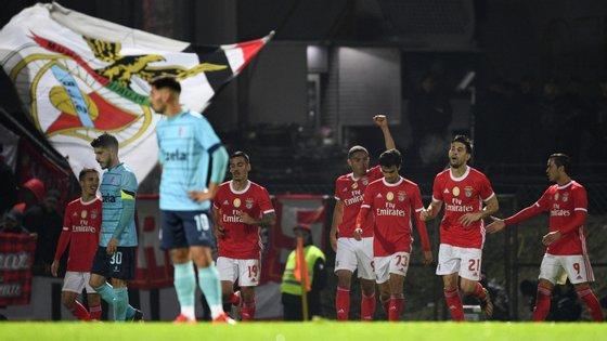 Vinícius entrou ao intervalo e voltou a ser decisivo para o Benfica, já depois de Raúl de Tomás ter empatado o encontro