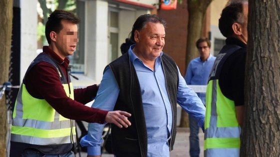 Foram detidos também um diretor financeiro, um antigo jogador espanhol, um agente desportivo e o chefe do departamento médico