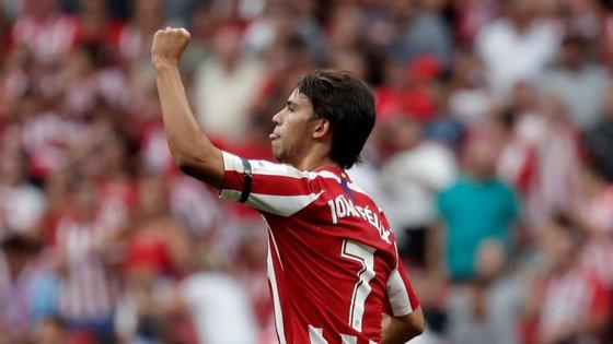 João Félix protagonizou uma das maiores transferências de sempre do futebol mundial, trocando o Benfica pelo Atl. Madrid por 120 milhões