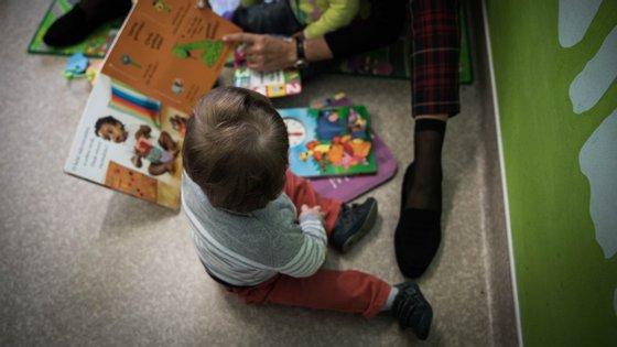 O número de candidatos é sete vezes superior ao número de crianças em situação de adotabilidade