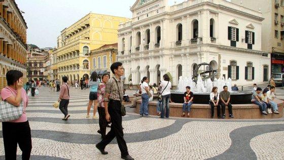 """A exposição """"20 anos, 20 fotos"""" vai estar patente até 15 de dezembro, no consulado português na Região Administrativa Especial de Macau"""