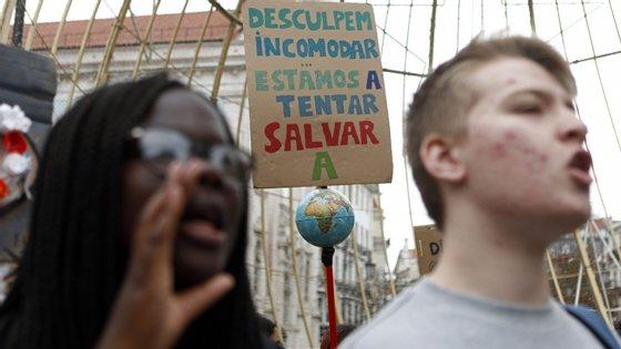 O apelo dos movimentos climáticos foi já traduzido em 19 línguas