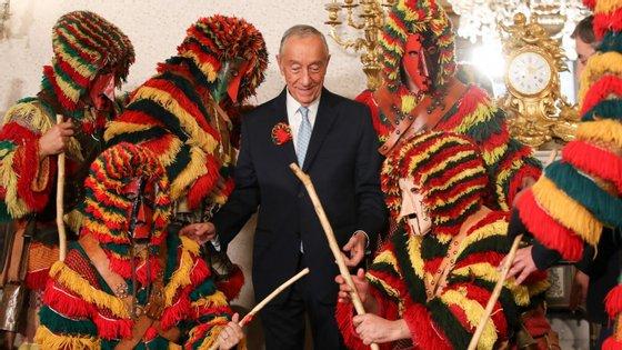"""O chefe de Estado foi convidado para o """"Entrudo Chocalheiro"""" do próximo ano e vai acertar uma data para depois do seu regresso"""