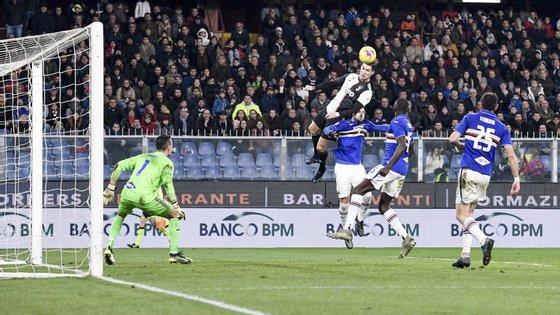 Ronaldo terá saltado 71 centímetros para apontar o golo que deu a vitória à Juventus na visita a Génova para defrontar a Sampdória