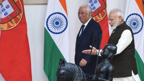 """Portugal está a ser capaz de """"utilizar o seu passado -- um passado feito de séculos de contactos com outros povos -- para se reinventar enquanto país aberto ao mundo"""", afirmou o chefe de Governo"""