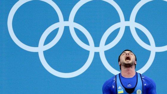 Torokhtiy deixou de competir depois de Londres2012, mas a suspensão impede também o ucraniano de ocupar cargos em organizações desportivas