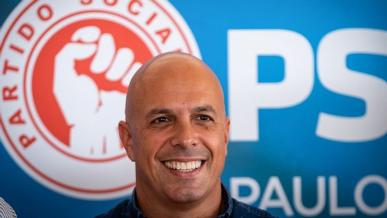 Paulo Cafôfo só poderá candidatar-se à liderança do partido após seis meses