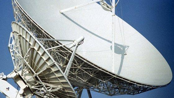 O primeiro satélite, o Angosat-1 foi um investimento do Estado angolano orçado em 320 milhões de dólares