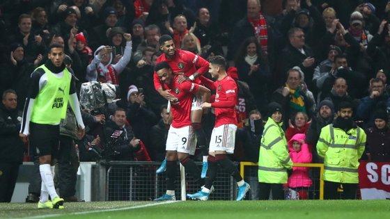 Martial bisou (e ainda atirou uma bola ao poste), Greenwood e Rashford também marcaram e Manchester United voltou aos triunfos