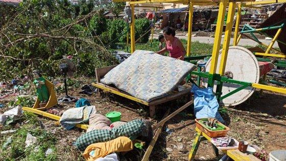 As Filipinas sofrem entre 15 e 20 tufões todos os anos durante a estação chuvosa