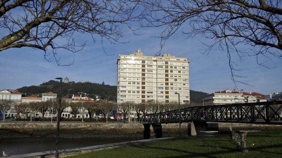 O grupo de cidadãos, na casa dos 60 anos, quer iniciar uma nova tradição em Viana do Castelo