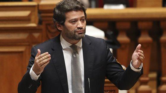 """O Chega pede também que o Governo, liderado pelo socialista António Costa, """"promova um projeto de apoio às famílias para suportar o custo das mensalidades no setor privado quando não é possível encontrar resposta no setor público"""""""