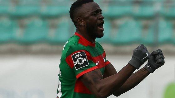 O internacional camaronês marcou 19 golos em 49 jogos na época e meia realizada ao serviço do emblema madeirense