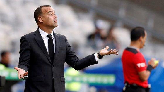 Vários órgãos de comunicação brasileiros noticiam que o treinador estará perto de assinar pelo Atlético Mineiro