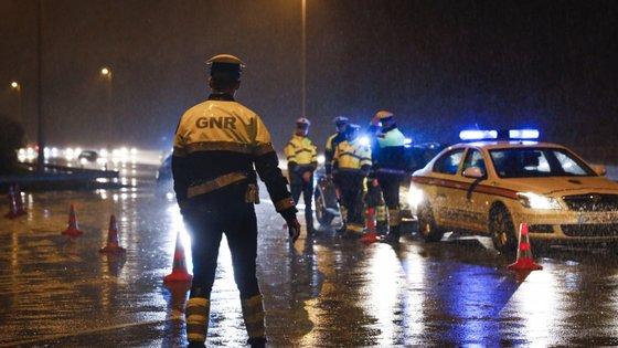 A GNR reforçou o patrulhamento rodoviário nas estradas de maior tráfego do país para prevenir acidentes e garantir a fluidez do trânsito