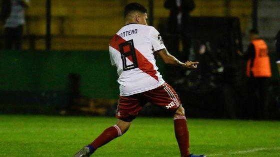 Quintero supera exames médicos e integra pré-temporada do River Plate