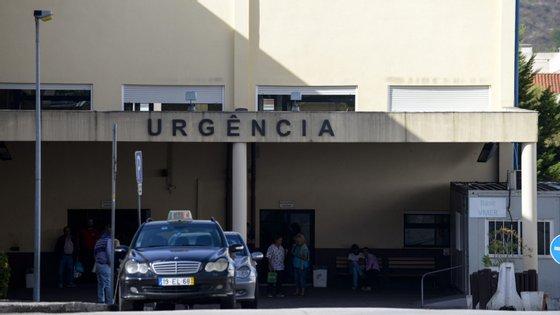 O Centro Hospitalar do Oeste integra os hospitais de Torres Vedras, Caldas da Rainha e de Peniche e serve cerca de 300 mil habitantes daqueles três concelhos